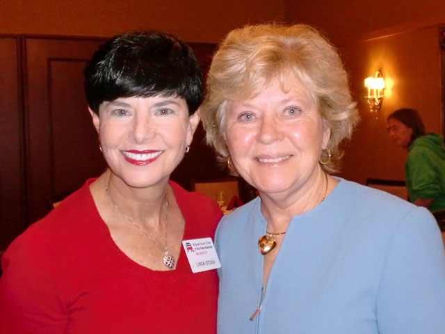 Linda Stoch, Marie Davis